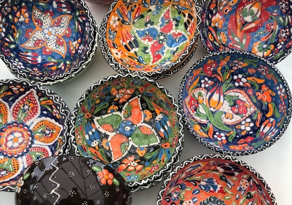 Turkish Ottoman Handmade & Hand Painted Ceramic Bowl 16cm diameter – Decorative Painted Rim – £12.00