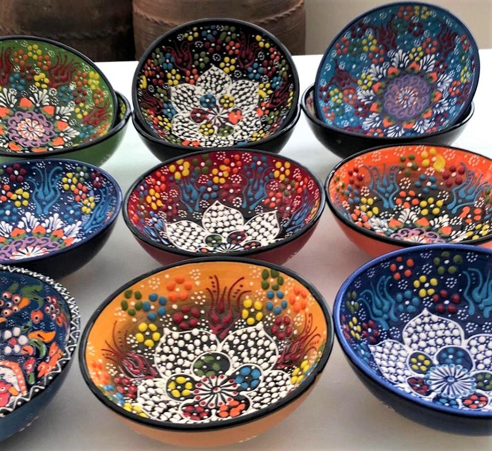 Turkish Ottoman Handmade & Hand Painted Ceramic Bowl 16cm diameter – Plain Painted Rim – £12.00